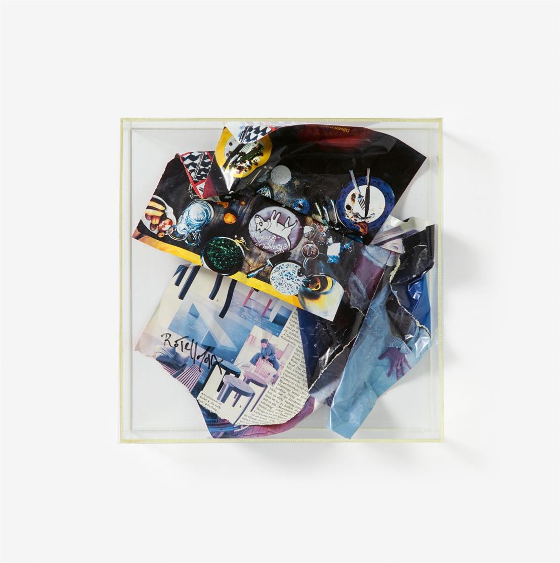 Mimmo Rotella. Ohne Titel (Love Love). 1994. Collage in Plexiglaskasten. Signiert. Eines von 50 Ex.