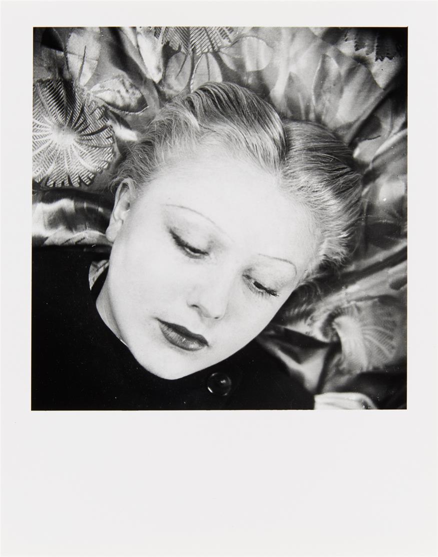 Wols. Blickwechsel. Frauenporträts aus den 1930er Jahren. 2005. Mappe mit 7 S/W-Fotografien. Edition Griffelkunst.