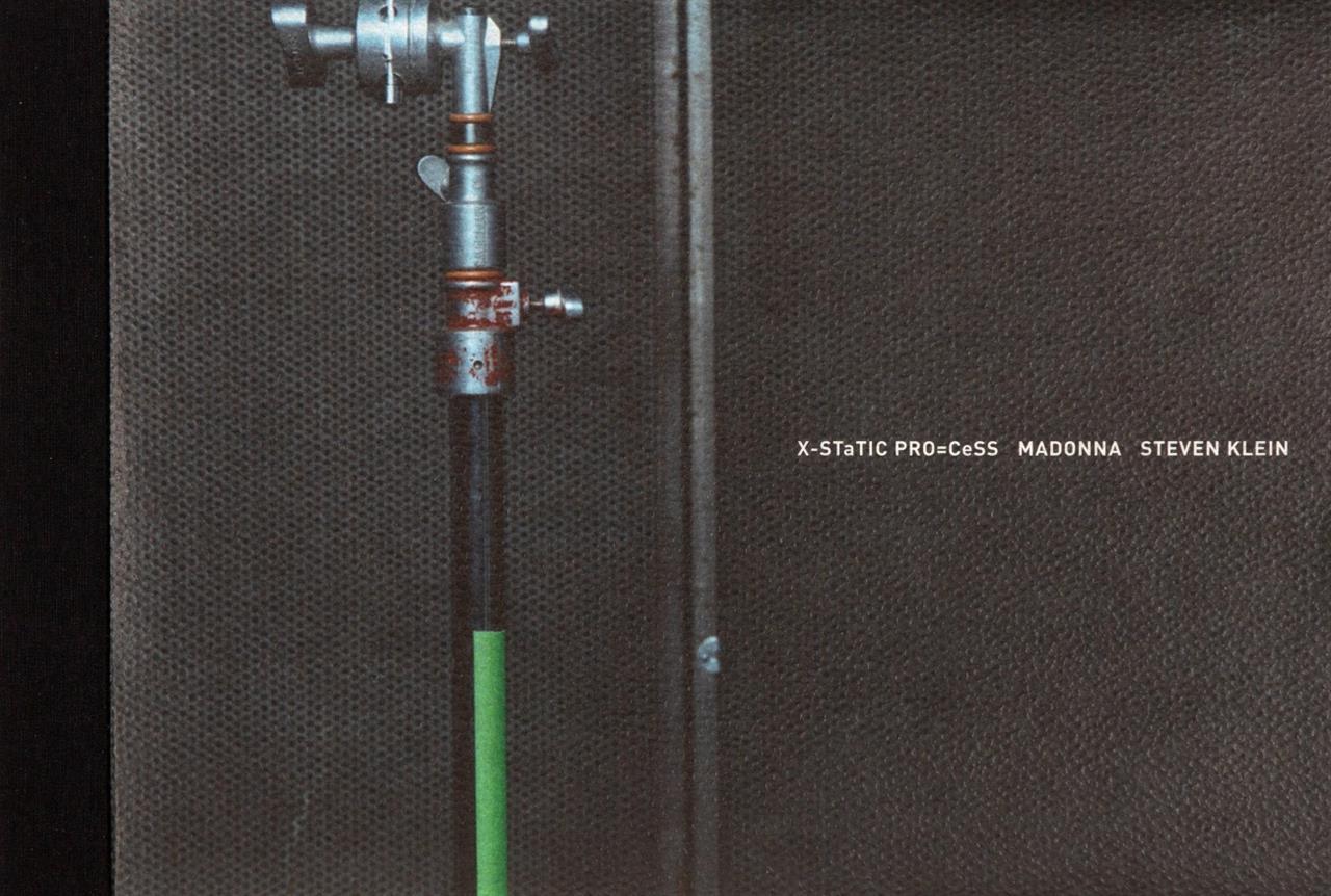 St. Klein, X-STaTIC PRO=CeSS Madonna. NY 2003. Fotobuch. Ex. 684/1000, signiert