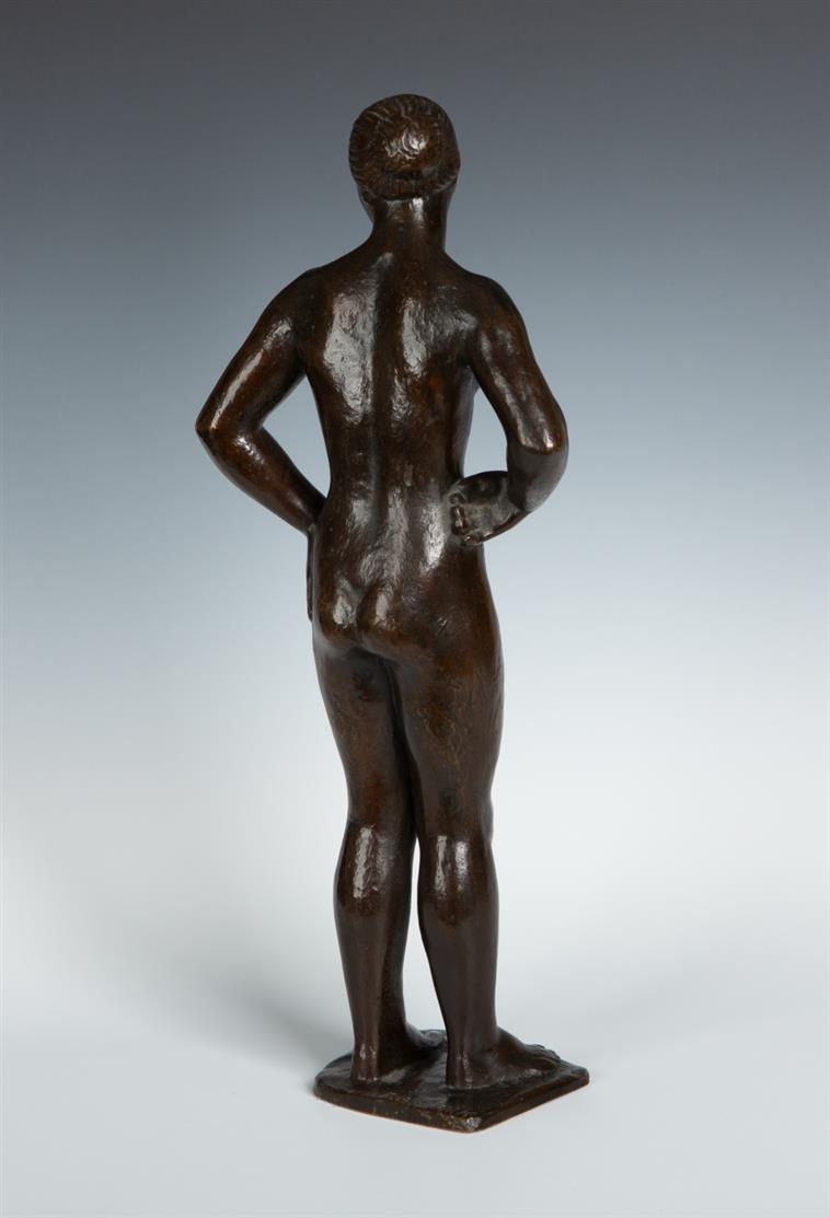 Ernst Gottschalk. Stehender weiblicher Akt. Bronze. Signiert.
