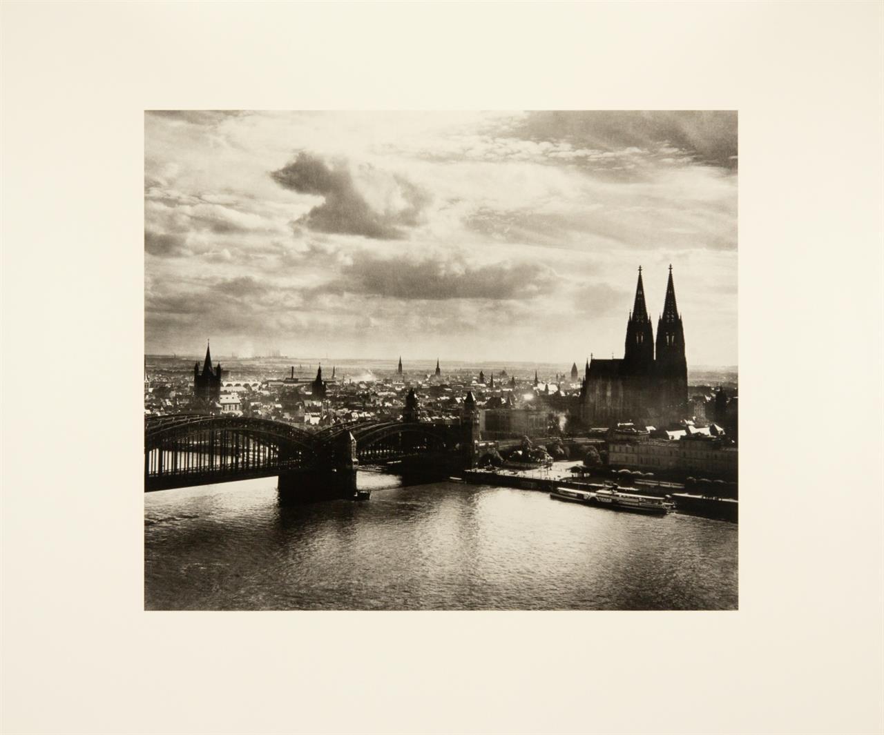 August Sander. Köln wie es war. 1995. 6 Blatt posthume Pigmentdrucke in OrLeinenmappe. Ex. 20/75.