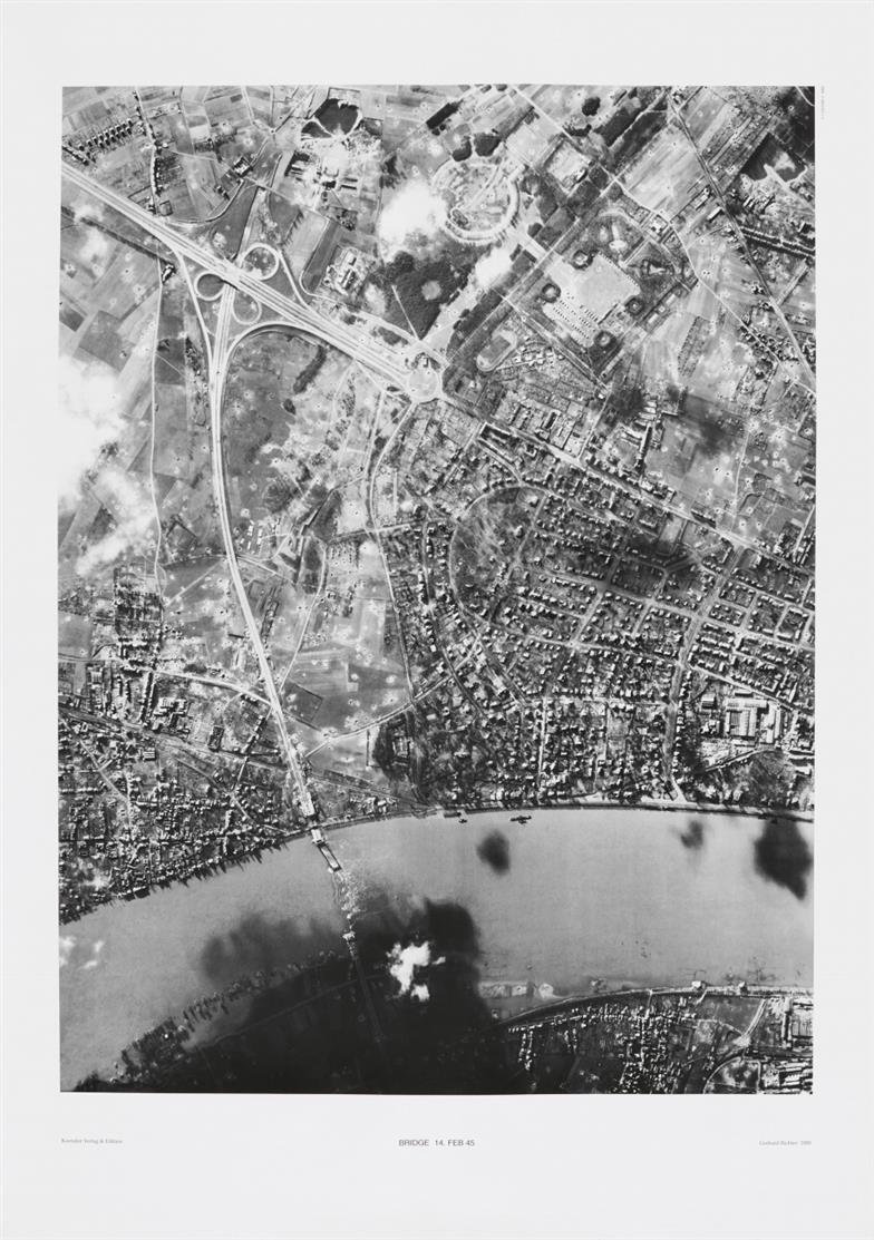 Gerhard Richter. Bridge 14.Feb.45. 2000. Offsetdruck in Schwarz auf Kunstdruck. Eines von 500 Ex.