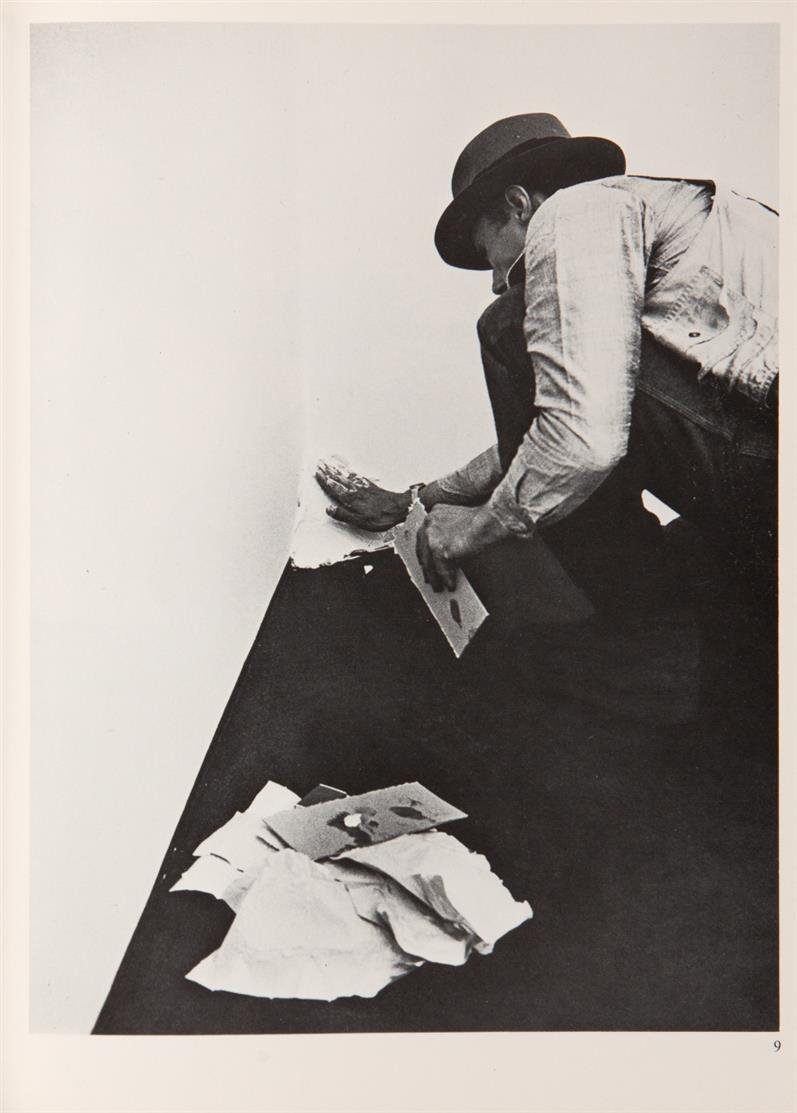 KEIN NACHVERKAUF. Joseph Beuys. Prophete rechts Prophete links. 1977-82. Buch, handschriftlich bearbeitet. Signiert. Ex. 15/100. Sch.207.
