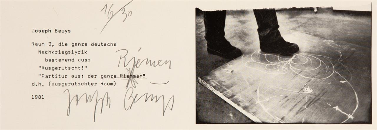 Joseph Beuys. Raum 3. 1981. Einladungskarte mit hs. Korrektur. Offset. Signiert. Ex. 16/30. Sch. 387.